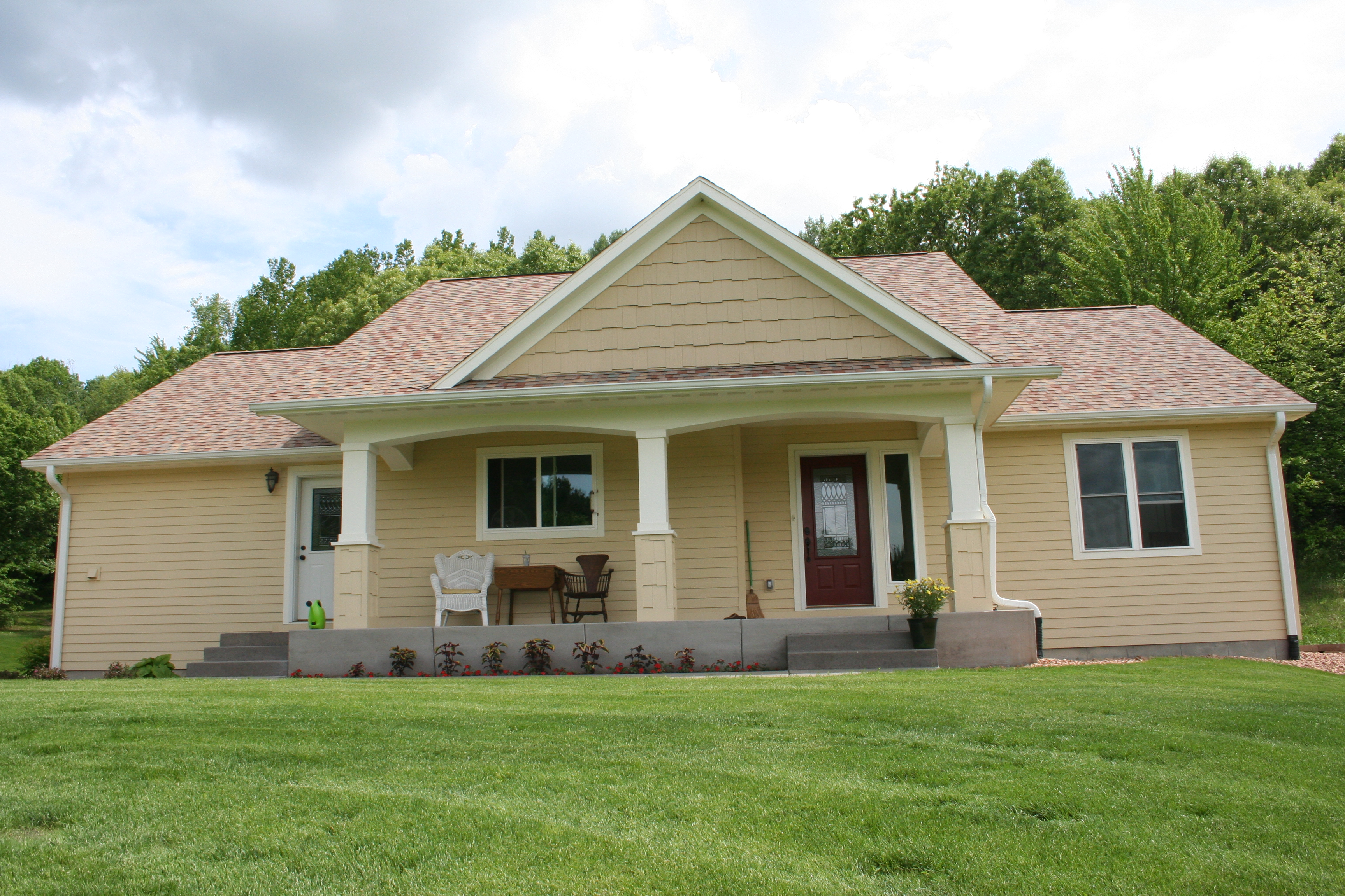 Beautiful 5bd 3 bath home with 56 Acres of amazing hunting!