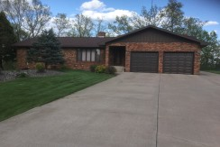 Well kept Lake Wissota Home looking for new owner…